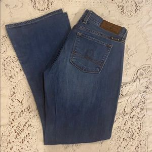 Lucky Brand Sofia Boot Jeans. Size 28.